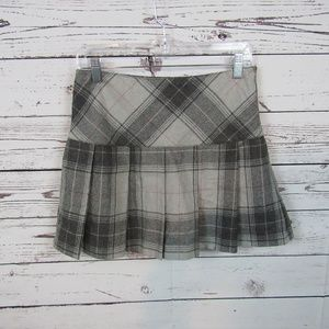 GAP gray plaid pleated kilt mini skirt